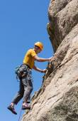 Senior man on steep rock climb in Colorado — Stock Photo