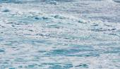 Rows of waves coming to shore — Stock Photo