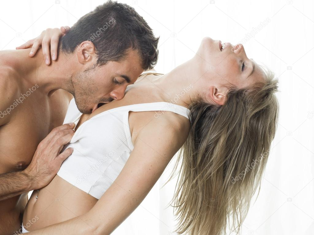 brunette oral sex video threesome