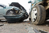 Car crash collision in urban street — Stock Photo