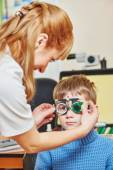 Eye examinations at ophthalmology clinic — Photo