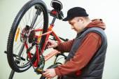 Naprawa rowerów lub korekty — Zdjęcie stockowe