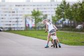 Girl sitting bicycle — Foto de Stock