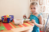 Young child eating — Foto Stock
