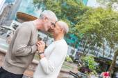 Gay Couple at Park in New York — Stock Photo