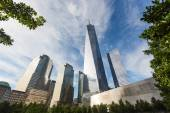 Freedom Tower and shortest Skyscrapers in Lower Manhattan, New Y — Stock Photo