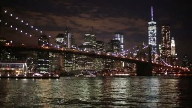 New york bei nacht — Stockvideo