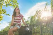 Young Woman Going by Bike, Sustainable Commuting — Stock Photo