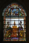 Stained-glass window in Seville cathedra — Zdjęcie stockowe