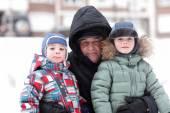 Grandfather with grandchildren — Stock Photo