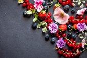 Summer berries — Stock Photo