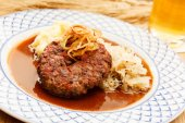 Beef cutlet — Stock Photo