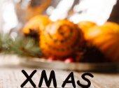 Рождественские апельсины — Стоковое фото