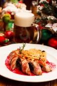 Salsicce con cavolo — Foto Stock