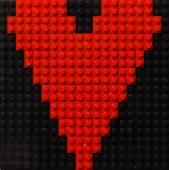 Heart of red plastic bricks — Foto de Stock