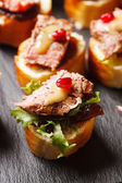 Canape with beef meat — Stock Photo