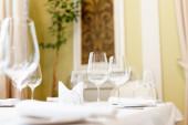 Table setting in restaurant interior — Stock Photo
