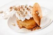Apple cake with meringue — Stock Photo