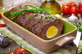 Meatloaf with boiled eggs — 图库照片
