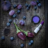 Purple color in cosmetic products — Stock Photo