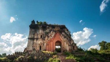 Pa Hto Taw Gyi Buddhist temple — Stock Video