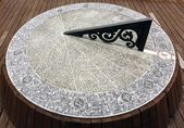 Large Sundial Made From Stone — Stockfoto