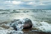 Sea and stone. — Stock Photo