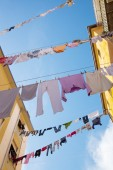 Drying of clothes in italian town. — Stock Photo