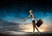 Beautiful traveller girl — Stock Photo