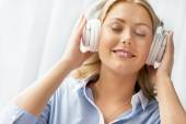Immersed into music — Stock Photo