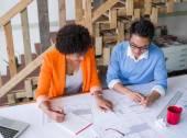 Creatieve team op het werk — Stockfoto