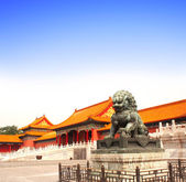 Ancient lion statue, Forbidden City, Beijing, China — Stock Photo