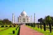 Taj Mahal mausoleum, Agra, India — Stock Photo