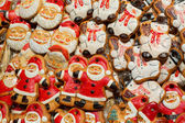 Many Christmas decorations on market — Stock Photo