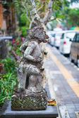 Traditional Balinese sculpture in Ubud — Stock Photo