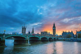 Big Ben and Westminster Bridge at sunset — Fotografia Stock