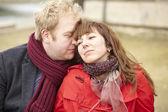 Romantic dating couple in Paris — Stock Photo