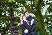 Romantic couple on Montmartre in Paris — Stock Photo