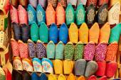 Colorful leather slippers in Marrakech, Morocco — Stock Photo
