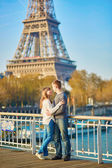 Beautiful romantic couple in Paris — Stock Photo
