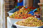 Pickled olives on a traditional Moroccan market — Stock Photo
