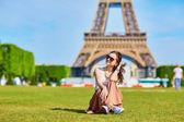 Beautiful tourist in Paris — Stock Photo