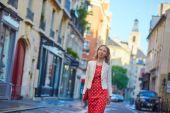 Beautiful young woman in Paris — Stock Photo