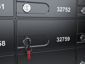 Safe bank cell and key to the safe — Stock Photo