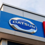 SAMARA, RUSSIA - AUGUST 30, 2014: Datsun dealership sign against — Stock Photo #52733425