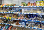 BOROVICHI, RUSSIA - JULY 11, 2014: Showcase with fish products a — Stock Photo