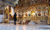 Orthodox Christians inside the Resurrection Cathedral — Fotografia Stock