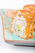 California maki sushi with masago and ginger — ストック写真