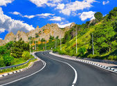 Highway in the mountains — Stock Photo
