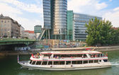 Danube Canal. Vienna. Austria — Stock Photo